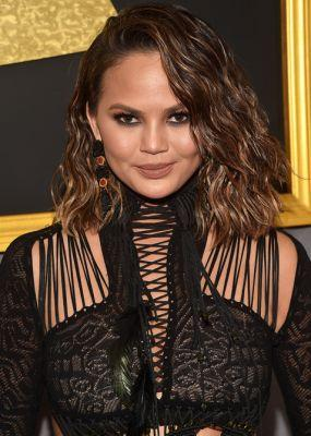 Chrissy Teigen Just Chopped All Her Hair Off at the Grammys