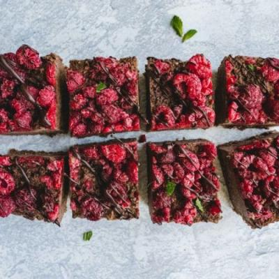 Raspberry Chocolate Fudge Bars