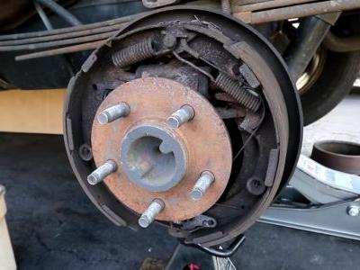 How Do Drum Brakes Actually Work, And Why Aren't They As Good As Discs?