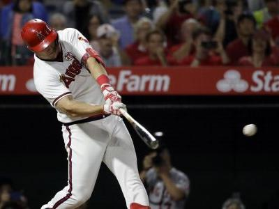 Angels rally for 4 runs in 7th inning to beat White Sox 6-5