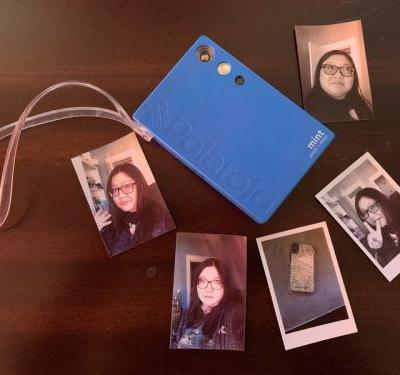 Print your best selfies with Polaroid Mint Camera