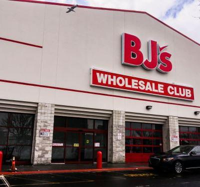 We shopped at Sam's Club and BJ's to see which was a better warehouse store, and the winner was clear