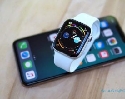 Apple Watch 4 reboot loot triggered by DST, Infograph complication