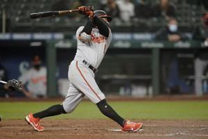 Orioles use pair of late homers to rally past Mariners 5-3