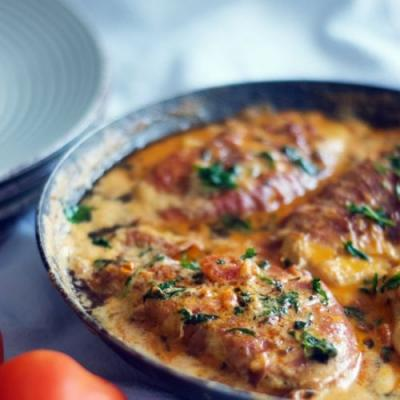 Chicken With Creamy Sauce