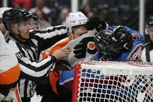Wilson scores 2, Avalanche tops Flyers 5-2