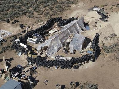 Residents of New Mexico compound indicted on federal charges