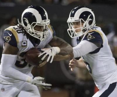 Vikings' defense can't help offense in loss to Rams