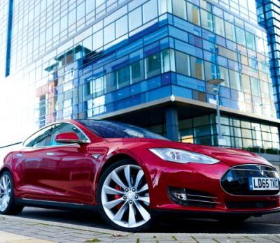 Some Tesla owners with older vehicles are experiencing a range of worrisome issues