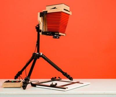 The Intrepid Enlarger Turns Any 4×5 Camera into a Darkroom Enlarger