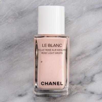 Chanel Rosy Light Drops Le Blanc Highlighting Fluid Review & Swatches