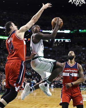 Thomas scores 38, Celtics pull away to beat Wizards 117-108