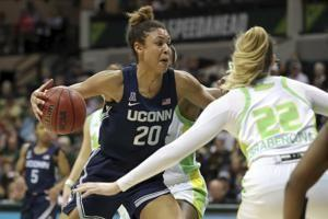 Walker, Nelson-Odoba lead No. 5 UConn over USF 67-47