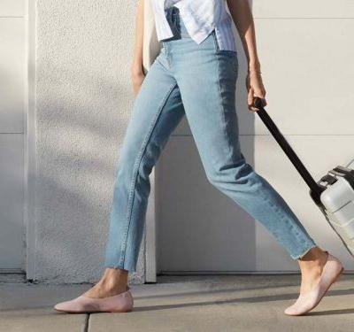 Everlane's new $110 Day Glove flats look and feel like they cost a lot more - here's what we thought after wearing them around New York