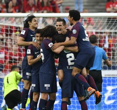 Les Herbiers 0 Paris Saint-Germain 2: Lo Celso and Cavani seal PSG treble