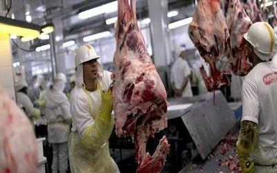 U.S. audit finds food safety problems continue for Brazil's meat