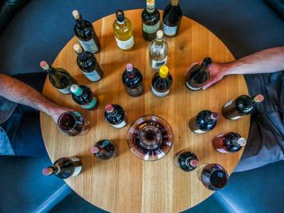 How to Get the Most Out of Every Wine Tasting, According to Wine Country Pros