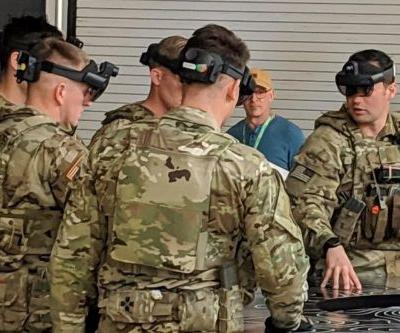 Here's the US Army version of HoloLens that Microsoft employees are protesting