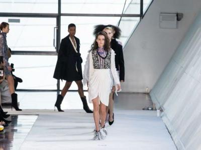 See Every Look From Giambattista Valli's Fall 2019 Collection