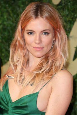 Rose Gold Hair is the Chic Way to Go PinkSienna Miller shows off