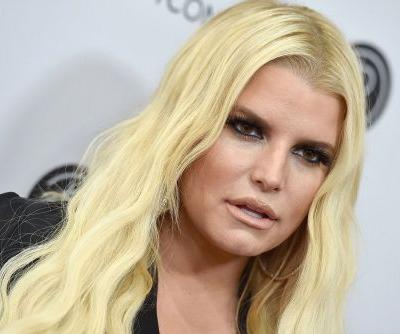 Pregnant Jessica Simpson reveals she's home following hospitalization
