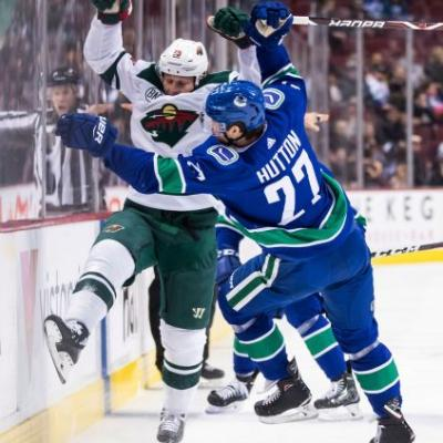 Wild score 3 power-play goals in 3-2 win over Canucks