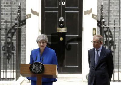 Theresa May's joint chiefs of staff resign after botched Conservative election gamble