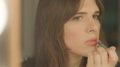 Get your lips Valentine's Day ready like the beautiful Hari Nef
