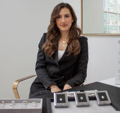 A woman who sells 6-figure engagement rings says there's a common mistake people make all the time that can damage their rings