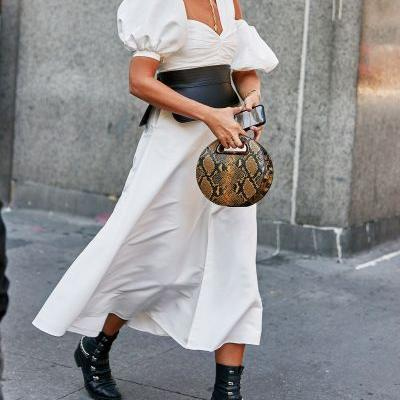 My Style Is Simple, and These Are My Favorite Fall Handbag Trends
