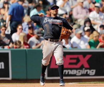 Braves' Sean Kazmar returns to majors after 13-year absence