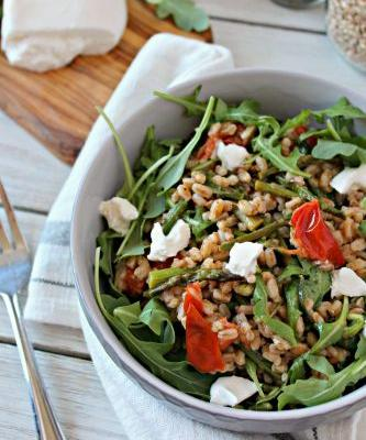 Spring Farro Salad with Arugula and Burrata