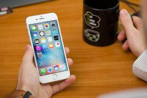 Apple agrees to notify users when iOS updates throttle down performance