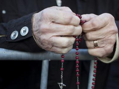 Pope to honor victims of Soviet and Nazi crimes in Baltics