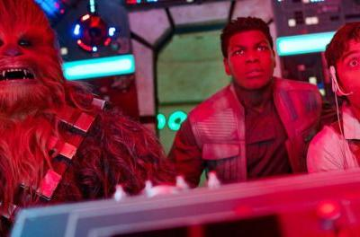 Millennium Falcon Crew Is Shellshocked in New The Rise of