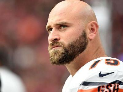 Bears place guard Kyle Long on injured reserve