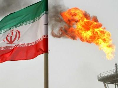 Oil approaches $82 as Iran sanctions continue to drive supply fears