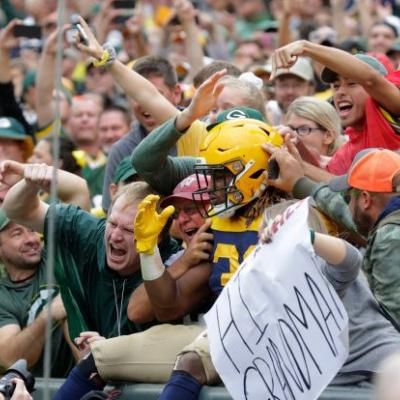 Green Bay Packers to play first two home games at Lambeau Field without fans