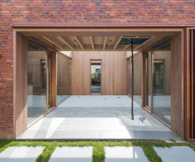 House H / dmvA Architecten
