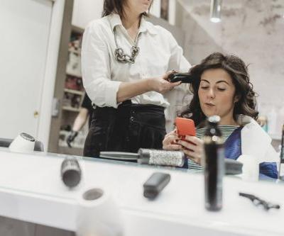 How to Break Up With Your Hairstylist -the Right Way
