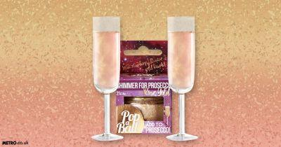 You can now jazz up your pre-drinks by turning your prosecco rose gold and sparkly