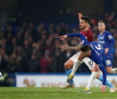 Hazard's brilliance gives Chelsea 2-0 victory over West Ham