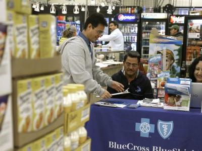 AP-NORC Poll: Latinos health care communication woes