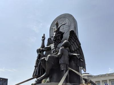 Satanic Temple brings Baphomet statue to Arkansas for rally