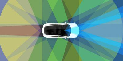 Tesla Finally Makes Its New Autopilot as Good as the Old One
