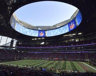 Government shutdown brings 'uncharted territory' for Super Bowl, planners say