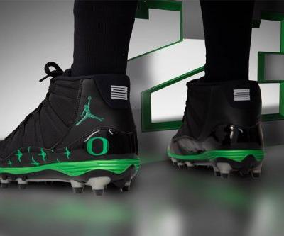 Oregon Ducks To Wear Special Air Jordan 11 Cleats This Weekend