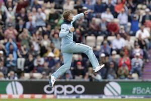 Root basks in sun, guides England to 8-wicket win vs Windies