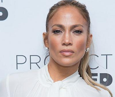 Jennifer Lopez Is About to Launch Her Very First Makeup Collection