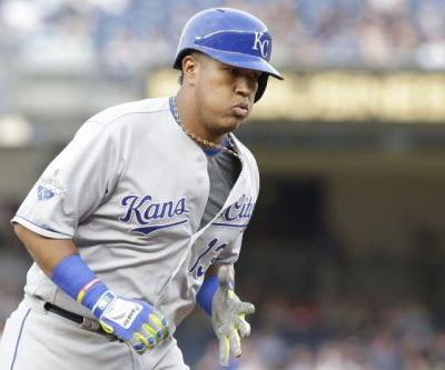 Royals C Salvador Perez out for 2019 after Tommy John surgery
